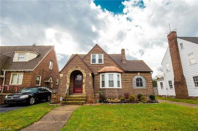 Cleveland Single Family Home For Sale: 18004 Maplecliff Rd