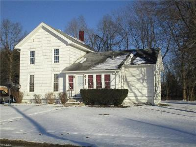 Ashtabula County Single Family Home For Sale: 2818 State Route 193 North