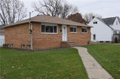 Brook Park Single Family Home For Sale: 6401 Scott Dr