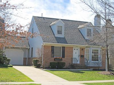 Brecksville, Broadview Heights Condo/Townhouse For Sale: 895 Tollis Pky #3