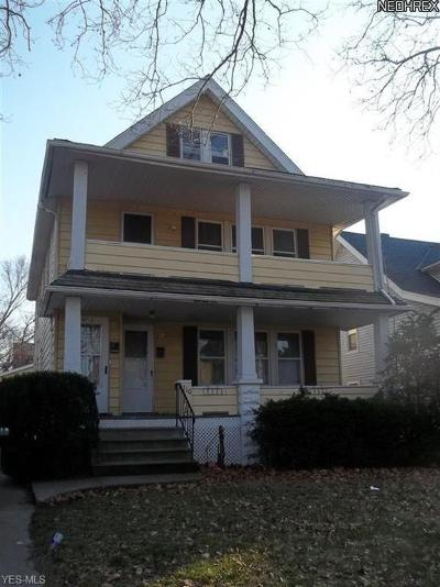 Cleveland Multi Family Home For Sale: 8710 Vineyard Ave
