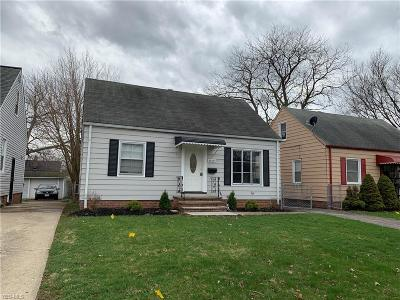 Cuyahoga County Single Family Home For Sale: 21300 Watson Rd