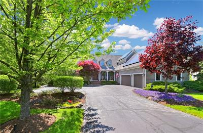 Cuyahoga County Single Family Home For Sale: 40 North Strawberry Ln