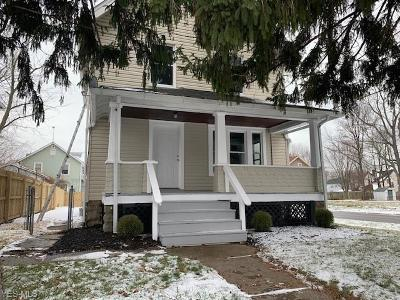 Lorain OH Single Family Home For Sale: $67,900