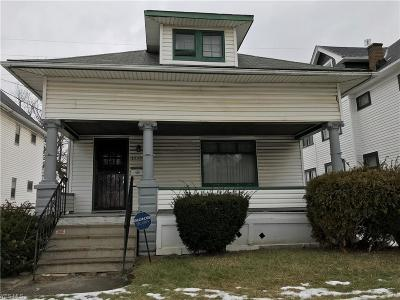 Cleveland Single Family Home For Sale: 13301 Caine Ave