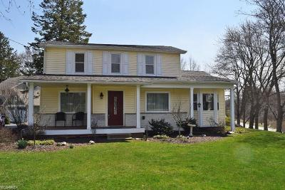 Pepper Pike Single Family Home Contingent: 31250 Pinetree Rd