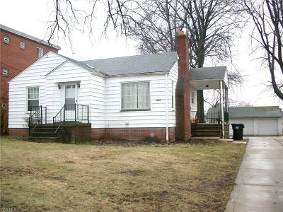 Brook Park Single Family Home For Sale: 5820 West 130 St