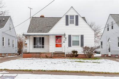 Parma Single Family Home For Sale: 1596 Wexford Ave