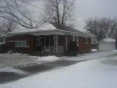 Lorain OH Single Family Home For Sale: $124,900