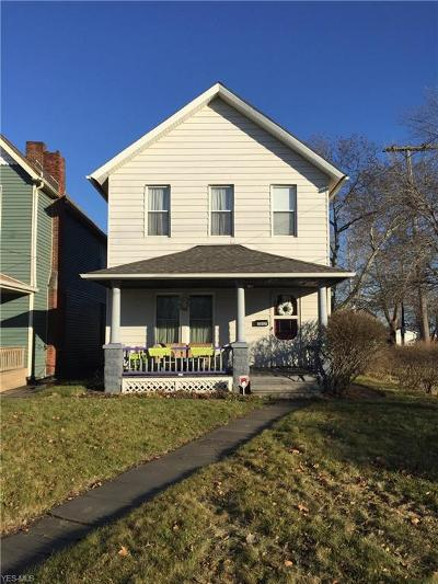 Cleveland Single Family Home For Sale: 2857 West 14th St