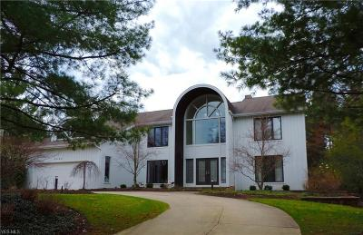 Beachwood Single Family Home For Sale: 2248 Orchard Way