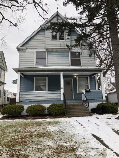 Lorain Single Family Home For Sale: 1012 West 8th St
