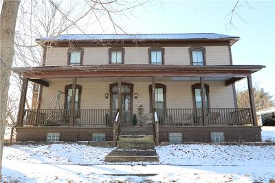 Single Family Home For Sale: 229 High St