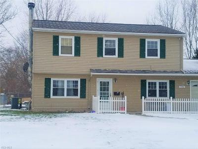 North Ridgeville Single Family Home For Sale: 7396 Wainwright St