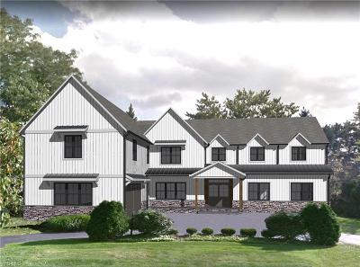 Beachwood, Chagrin Falls, Lyndhurst, Seven Hills, Solon, Aurora, Hudson, Kent, Reminderville, Sagamore Hills, Twinsburg Single Family Home For Sale: 24598 Maidstone Ln