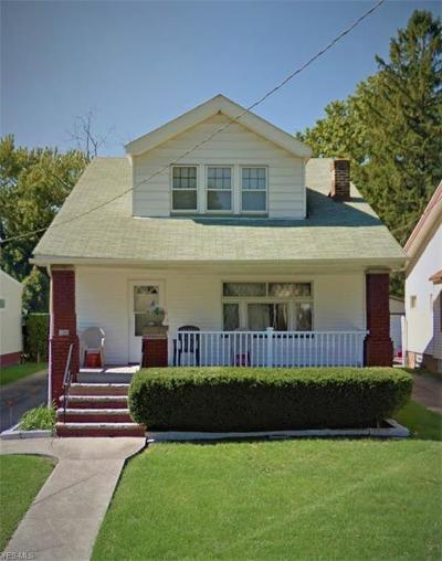 Cleveland Single Family Home For Sale: 3360 Berea Rd