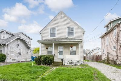 Lorain Single Family Home For Sale: 1039 West 19th St