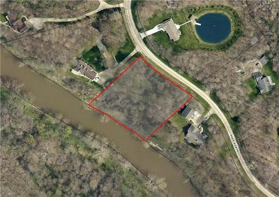 Residential Lots & Land Sold: River Glen Drive
