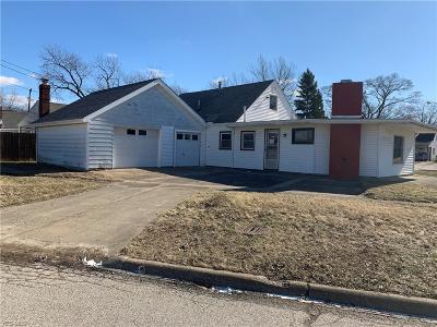 Lorain Single Family Home For Sale: 2887 Grant St