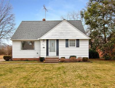 Euclid Single Family Home For Sale: 301 East 276th St