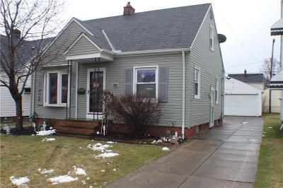 Parma Single Family Home For Sale: 5615 Orchard Ave