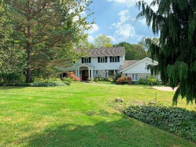 Pepper Pike Single Family Home For Sale: 2463 Snowberry Lane