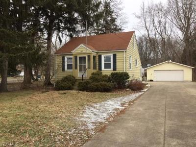 North Olmsted Single Family Home For Sale: 5851 Barton Rd