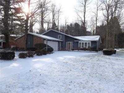 North Olmsted Single Family Home For Sale: 27589 Linwood Cir