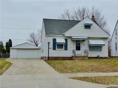 Wickliffe Single Family Home For Sale: 1593 Dennis Dr