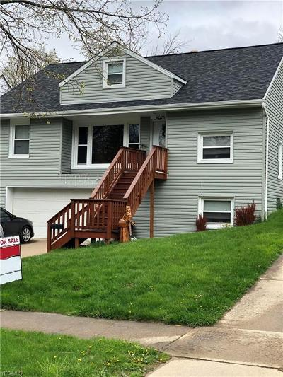 Parma Heights Single Family Home For Sale: 6029 Edgehill Dr