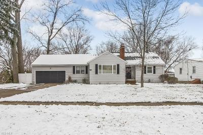 Lorain OH Single Family Home For Sale: $134,900