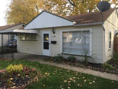 Cleveland Single Family Home For Sale: 12407 Summerland Ave