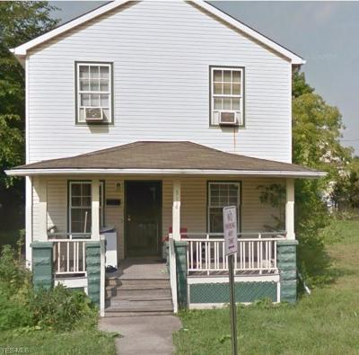 Cleveland Single Family Home For Sale: 3118 East 102nd St