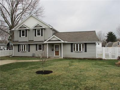 Amherst OH Single Family Home For Sale: $179,900