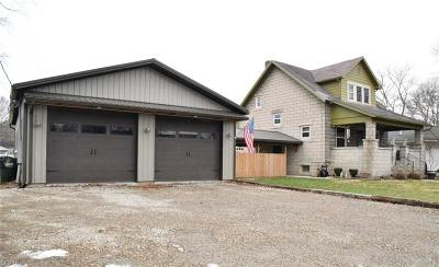 Single Family Home For Sale: 1319 Main St