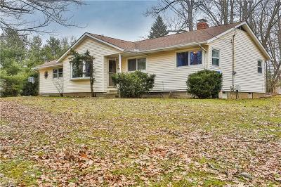 Chagrin Falls Single Family Home Active Under Contract: 18889 Riverview Drive