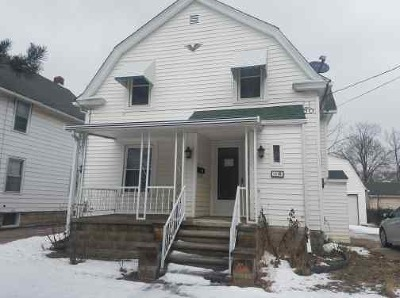 Lorain Single Family Home For Sale: 1212 West 7th St