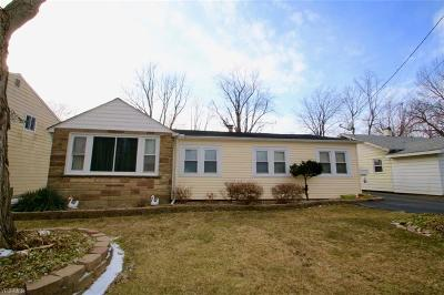 Mentor-On-The-Lake Single Family Home Active Under Contract: 5662 Hickory Street