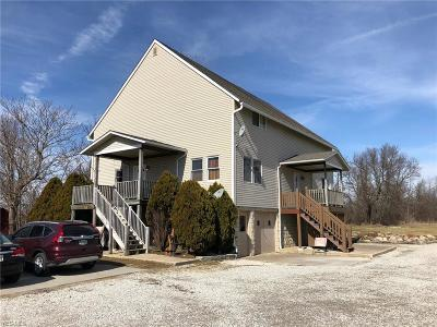 Brunswick Multi Family Home For Sale: 5267 Center Rd