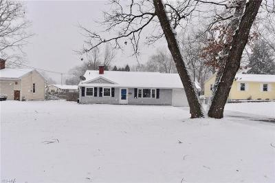 Austintown Single Family Home For Sale: 3785 Ayrshire Dr