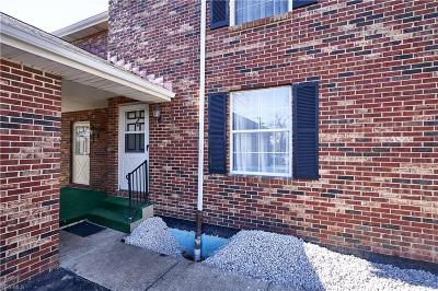Medina County Condo/Townhouse Contingent: 533 Valley Dr #B-2