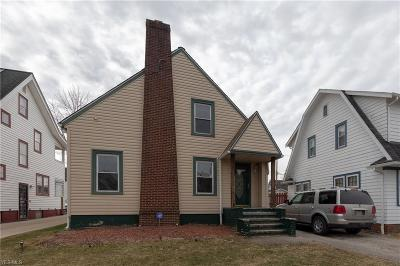 Garfield Heights Single Family Home For Sale: 13404 Thornhurst Ave