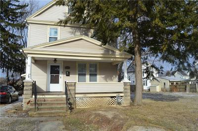 Elyria Single Family Home For Sale: 1109 West Ave