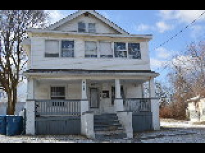 Lorain Multi Family Home For Sale: 222 East 33rd St