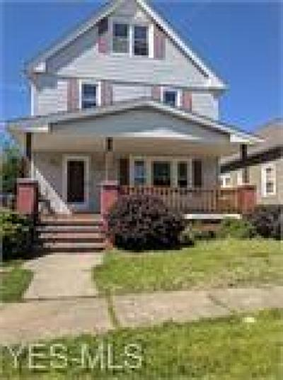 Garfield Heights Single Family Home For Sale: 10205 Russell Ave