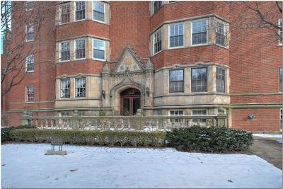 Cleveland Condo/Townhouse For Sale: 13515 Shaker Blvd #1B