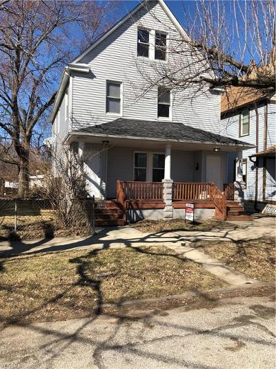 Cleveland Multi Family Home For Sale: 6906 Wakefield Ave #6908