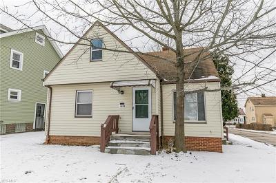 Garfield Heights Single Family Home For Sale: 4888 East 85th St
