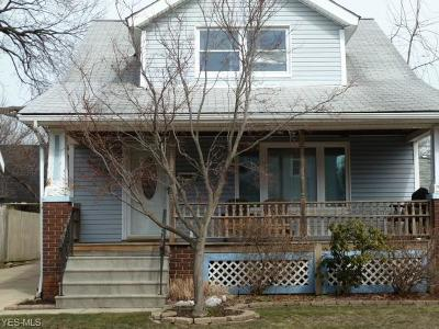 Cleveland Single Family Home For Sale: 1710 Amberley Ave