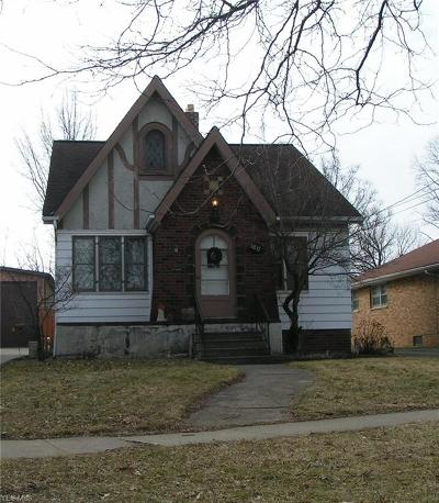 Cleveland Multi Family Home For Sale: 5817 Archmere Ave